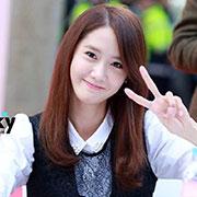 """ติ่งปลื้ม """"ยุนอา Girls Generation"""" รับรางวัลผู้เสียภาษีอากรดีเด่น พ่วงตำเเหน่งทูตสรรพากร 1 ปี"""